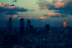 the light goes down on the city (Mr.Zak) Tags: panorama london view scape paramount centrepoint londonist