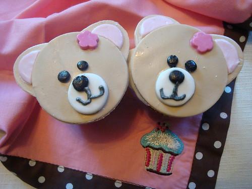 Bear Cupcakes
