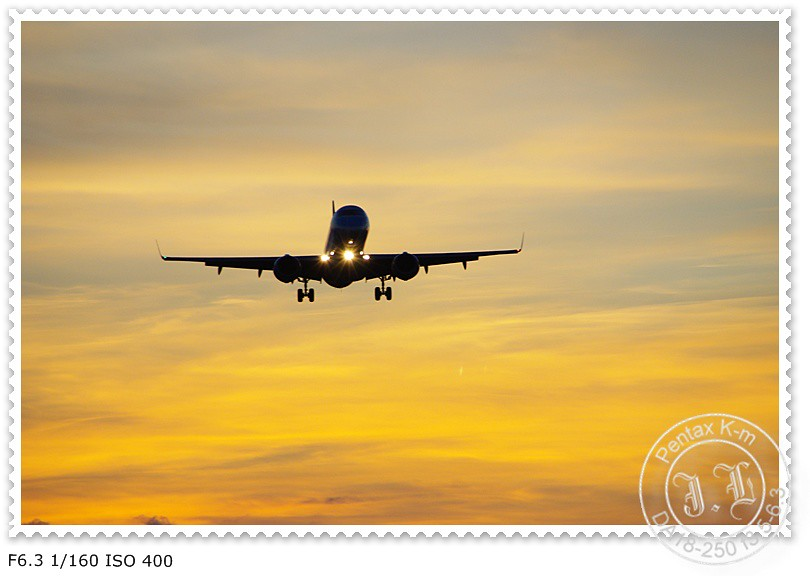 100922 松山機場打飛機
