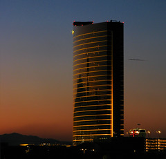 Sunset on The Wynn Encore (Steve Selwood) Tags: lasvegas thewynnhotel