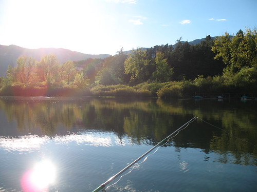 Angeln bei Sonnenuntergang am großen Montiggler See