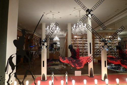 Vitrine Don Quichotte chez Repetto - Paris, septembre 2010