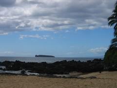 Molokini From Makena Cove (stu_macgoo) Tags: hawaii maui makena makenacove
