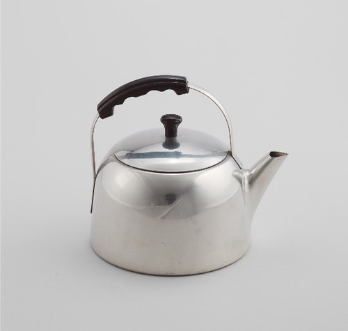 COUNTER SPACE WEAREVER ALUMINUM KETTLE