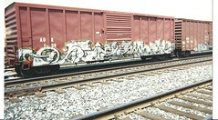 DRAMA (BGIZL) Tags: art de graffiti trains drama boxcars