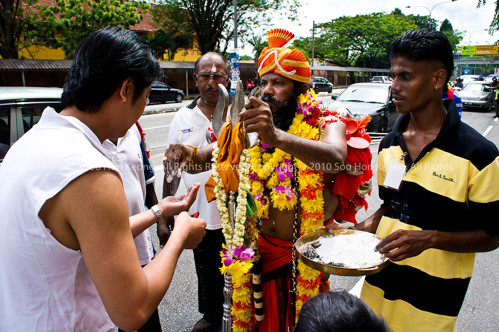 Blessing on the way to Sri Muneeswarar Temple, KL, Malaysia