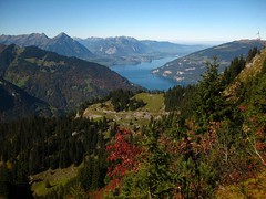 Time Travel (AincaArt) Tags: mountain lake berg switzerland see thunersee niesen berneroberland berneseoberland stockhorn schynigeplatte niederhorn lakethun mungga canonixus80is aincaart