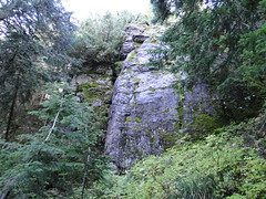 Cliffs to traverse under on way to Eunice Lake.