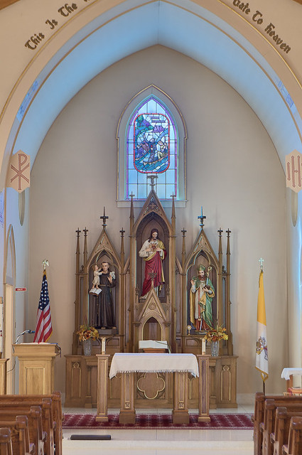 Saint Patrick Roman Catholic Church, in Grafton, Illinois, USA - sanctuary