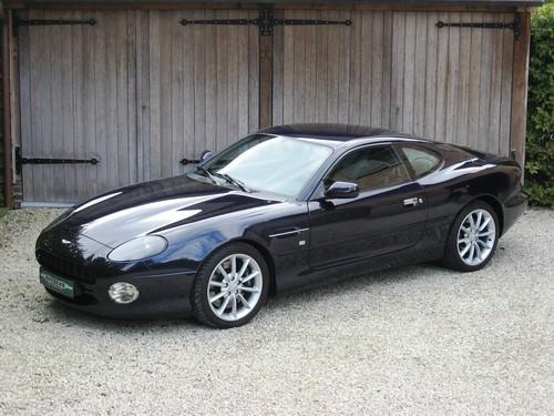 Aston Martin DB7 Vantage (2003).