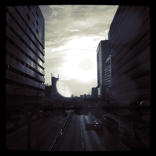 今日の写真 No.46 – 天王寺の朝日/iPhone4 + Instagram