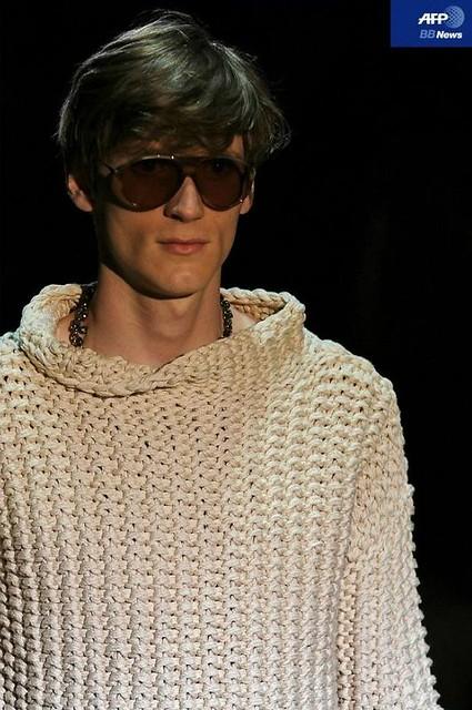 Bastiaan Ninaber3372_SS11_Milan_Gucci(AFP BB News)