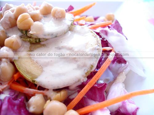 Molho de tahine para saladas