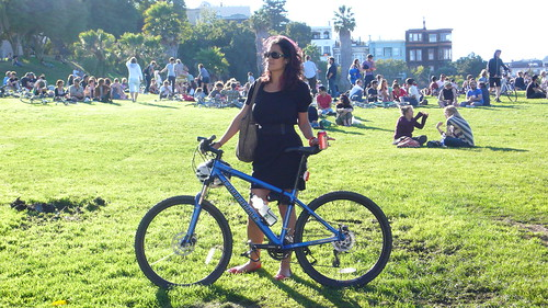 hot chick @ dolores