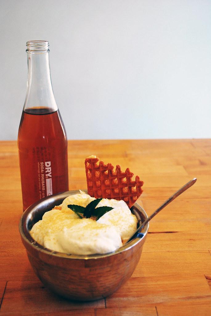 Jeni's Ohito Sundae Rhubarb Dry Soda