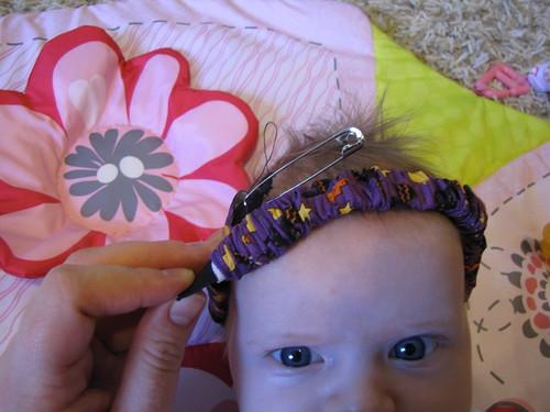 DIY Baby's First Halloween Costume: Head Band