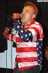 "Jello Biafra And The Guantanamo School Of Medicine (Daniel Silva Fotografia) Tags: ""sãopaulo"" ""hangar110"" ""jellobiafraandtheguantanamoschoolofmedicine"" ""jellobiafra"" ""deadkennedys"" ""ratosdeporão"" ""joãogordo"" ""flicts"" ""zonapunk"" ""highlight"" ""punk"" ""brasil"""