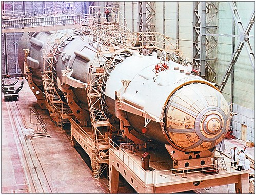 N1-L3 Moon Rocket Assembly