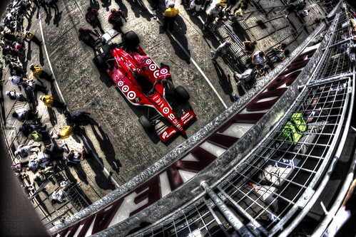 Pushing in Gasoline Alley HDR