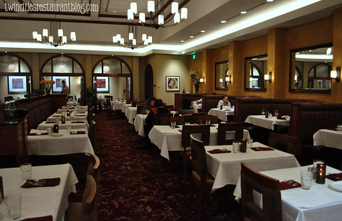 Inside Il Premio Italian Steakhouse at Mystic Lake