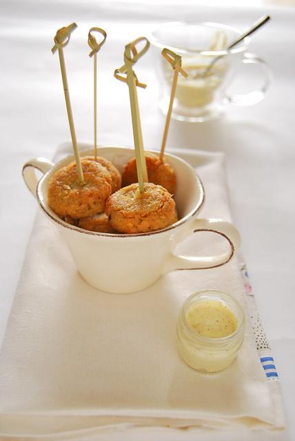 Polpette di ceci con salsa al baharat
