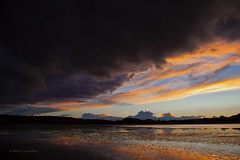 Nubes negras (17 EXPLORE 18-11-2010) (Jose Casielles) Tags: color paisaje nubes tormenta otoo pequeo lagunas yecla maravilla inmensidad nubesnegras petrola estremecer fotografasjcasielles