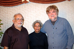 IMG_2426: Pinu, Nilu and Bill