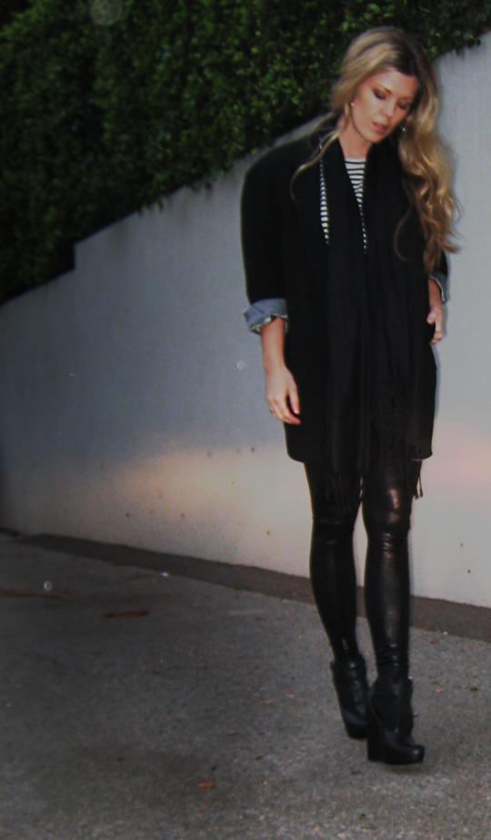 black on black outfit+stripes+liquid leggings+faux leather pants+dark