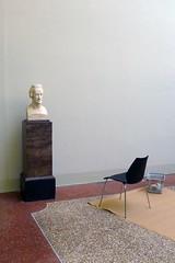 salut chaise! salut buste! (dominique hugon) Tags: palais chaise planche buste ascenseur rumine dominique hugon