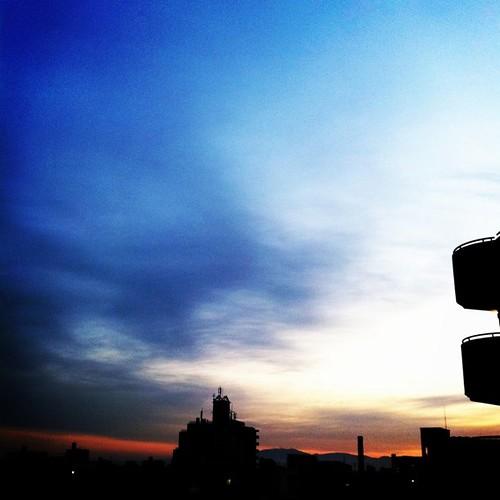 今日の写真 No.81 – 昨日Popular入りを逃した?写真(3枚)/iPhone4 + CAMERAtan、Photo fx