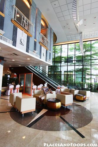bangkok hospital phuket1