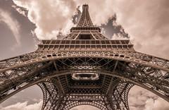la tour eiffel (JevPol1) Tags: eiffeltower latoureiffel paris samyang 12mm f2