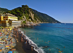 Postcard from Camogli (klausthebest) Tags: blue light sea sky italy panorama mountain seascape colour green beach water italia searchthebest liguria camogli portofino italians mywinners holidaysvacanzeurlaub dragondaggerphoto mygearandmepremium