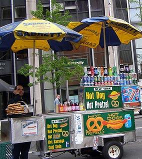 Hot dog de rua - Reprodução