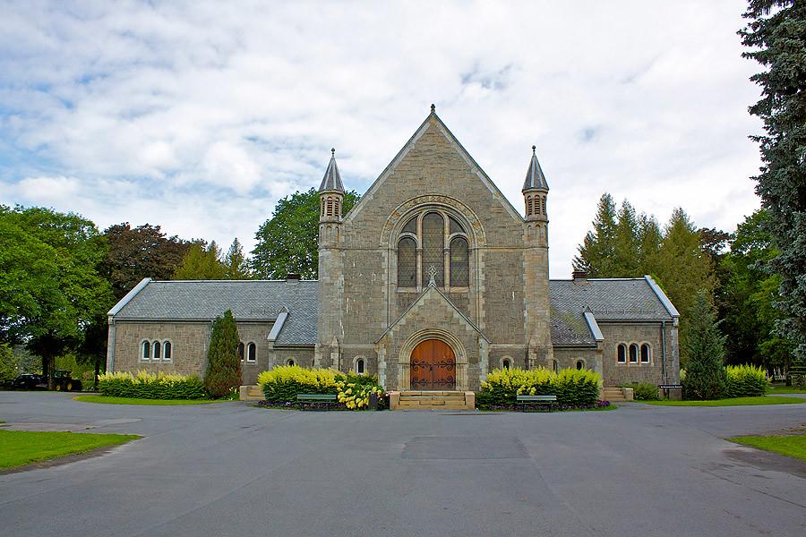 semetry-church