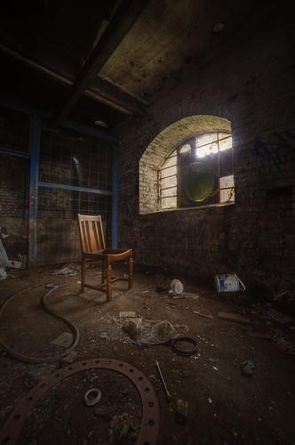 [ chair ]