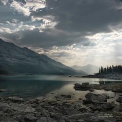 Medicine Lake , Jasper National Park (janusz l) Tags: sun lake clouds river nationalpark jasper searchthebest rocky shore alberta rays hdr maligne athabasca medicinelake janusz leszczynski manualblend 002603 mindigtopponalwaysontop