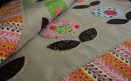 Pop Flower Quilt - details