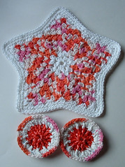 Dishcloths and Plastic Scrubbies