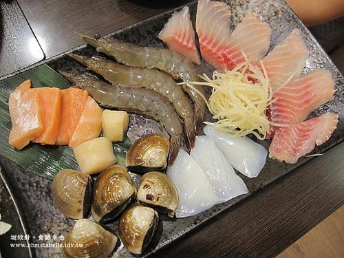 土方鍋之助海鮮鍋jpg