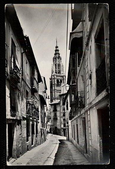 Calle de Santa Isabel a mediados del siglo XX. Foto Cebollero