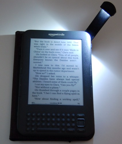 Lighted cover for Kindle 3