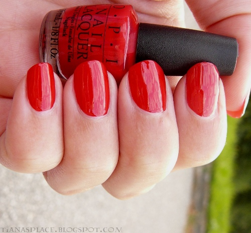 OPI - Color So Hot it Berns #1