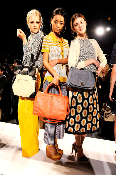 Tory+Burch+Presentation+Spring+2011+MBFW+ZryaYRmAR8ml