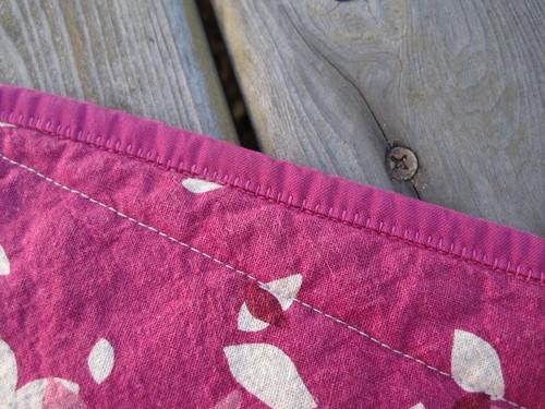 Birdsong quilt machine binding front