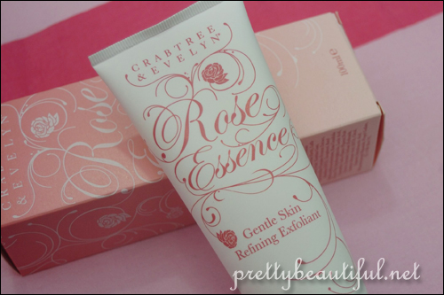 Crabtree & Evelyn Gentle Skin Refining Exfoliant Packaing