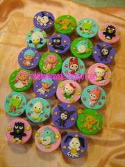 Sanrio Theme birthday cupcakes (Jcakehomemade) Tags: st stars sam twin sanrio badtzmaru keroppi sanriocharacters jcakehomemade sanriohellokittykawai mymelodycinnamoroll chococatlittle pochaccotuxedo kuromi1 birthdaycupcakescute cupcakesjapan