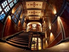 Historisches Treppenhaus (Claudia L aus B) Tags: berlin unterdenlinden fisheye treppe deutschebank treppenhaus historisch wwwberlininbildernde claudialeverentz historischestreppenhaus