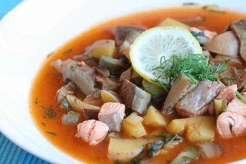 Mushroom and salmon solyanka / Lõhe-seeneseljanka