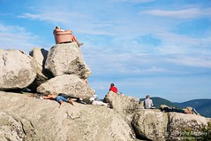 Pink sofa on Old Rag Mountain (John Baggaley) Tags: people man nature landscape outdoors virginia landscapes nikon day outdoor leisure recreation adults oldragmountain shenandoahnationalpark d90 afsdxnikkor1685mmf3556gedvr